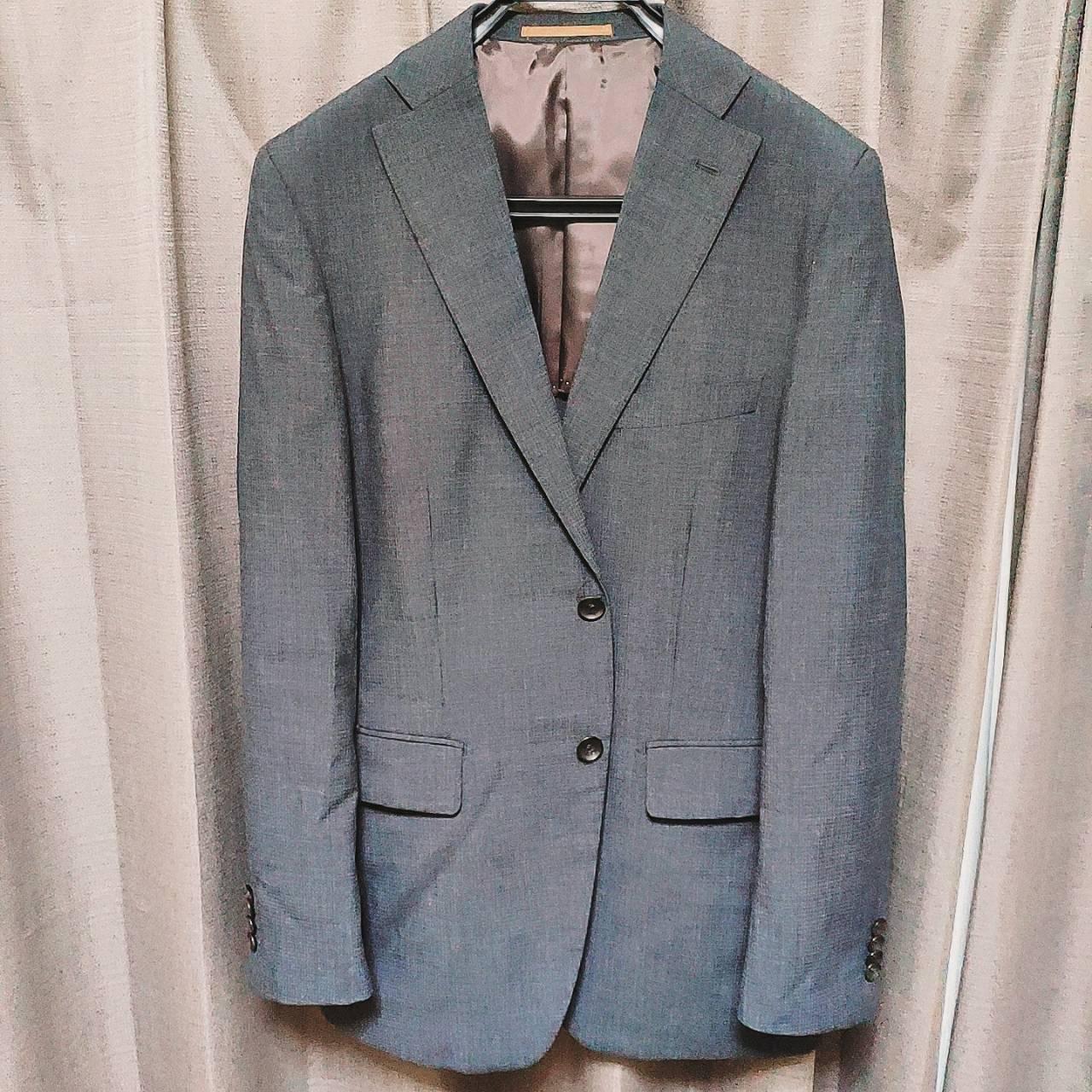デザイン、コスパもよいスーツはPSFA!20代におすすめ!